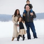 Lifestyle photography with family in the snow milford michigan photography